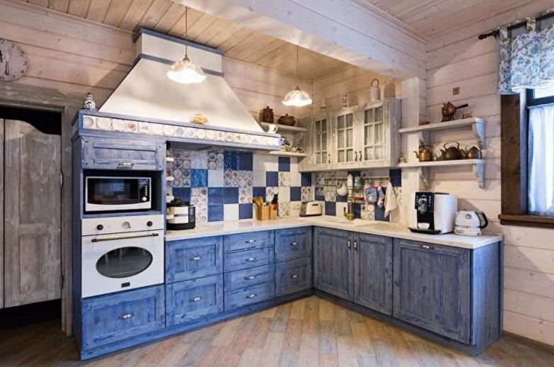 Синяя кухня в стиле кантри