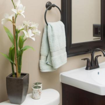 Как обновить ванную комнату за два дня