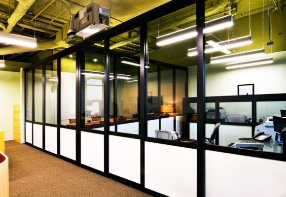 Разграничение офисного пространства. Офисные перегородки