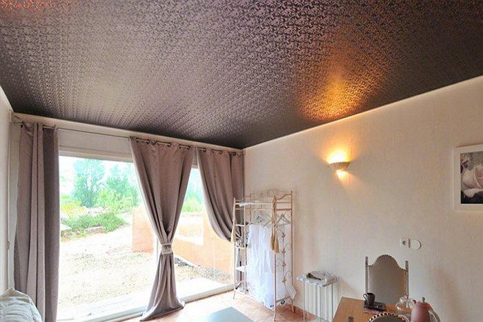 Тканевые натяжные потолки: стильное и практичное дополнение интерьера