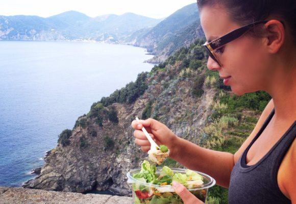Туристическая посуда: практичное дополнение активного отдыха