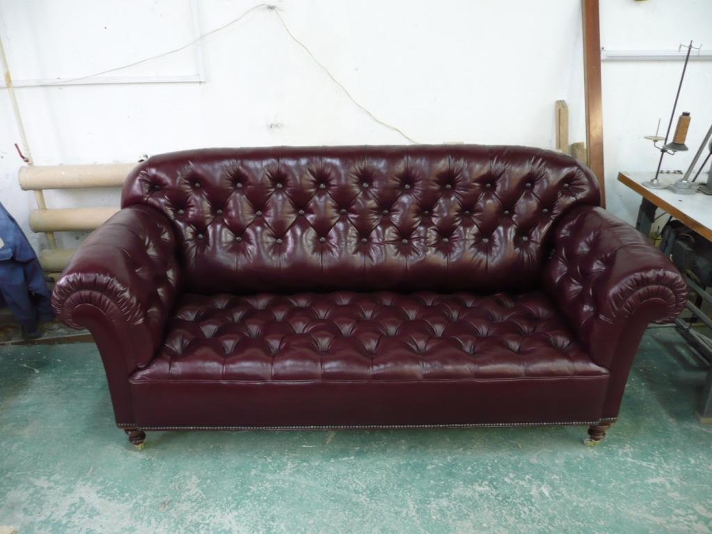 Обивка мебели: главные преимущества