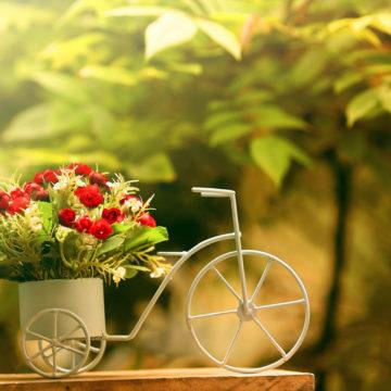 К вашим услугам быстрая и качественная доставка цветов