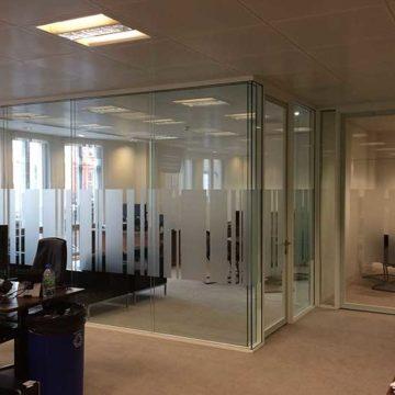 Офисные перегородки — практично и удобно