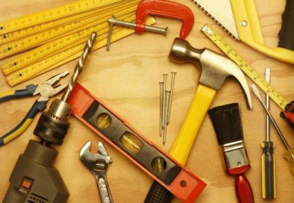 Обустраиваем рабочее место с помощью профессионального инструмента