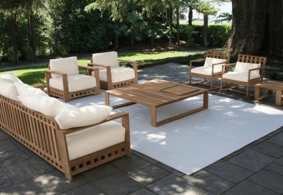 Купить уличную мебель от надежной компании по низкой цене можно легко, сотрудничая с нашей организацией