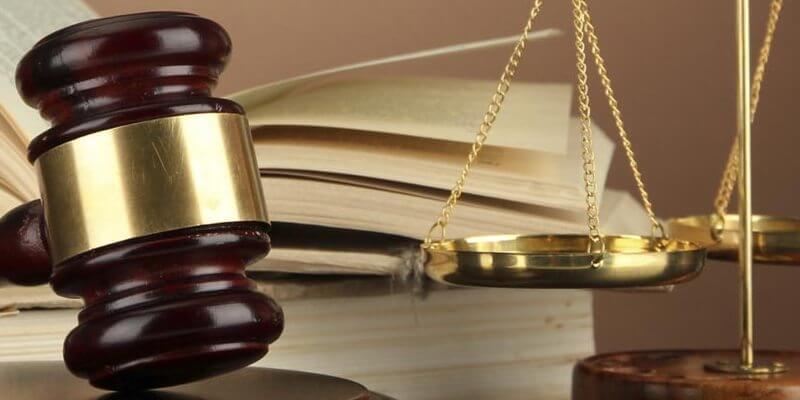 Представництво у суді професійного адвоката