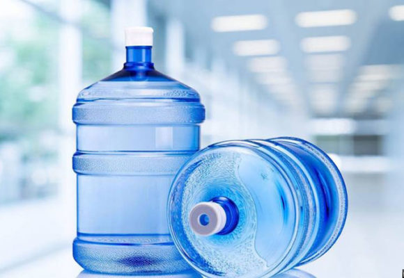 Чтобы заказать доставку воды по Киеву обращайтесь в компанию Аквавика