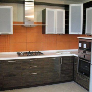 Кухонная мебель на заказ из МДФ пластика