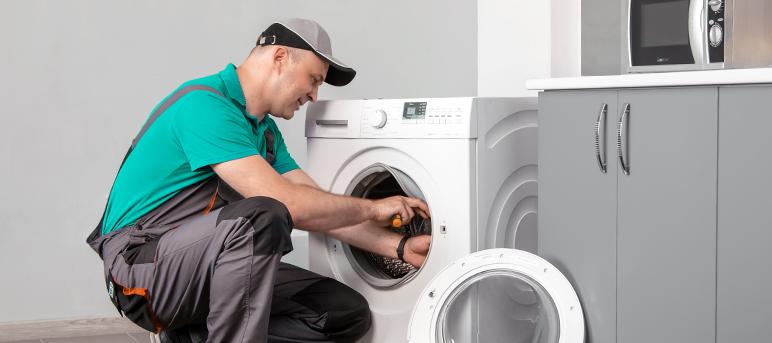 Специалисты профильного сервисного центра «ГорТехСервис» произведут любой ремонт стиральных машин в Луганске